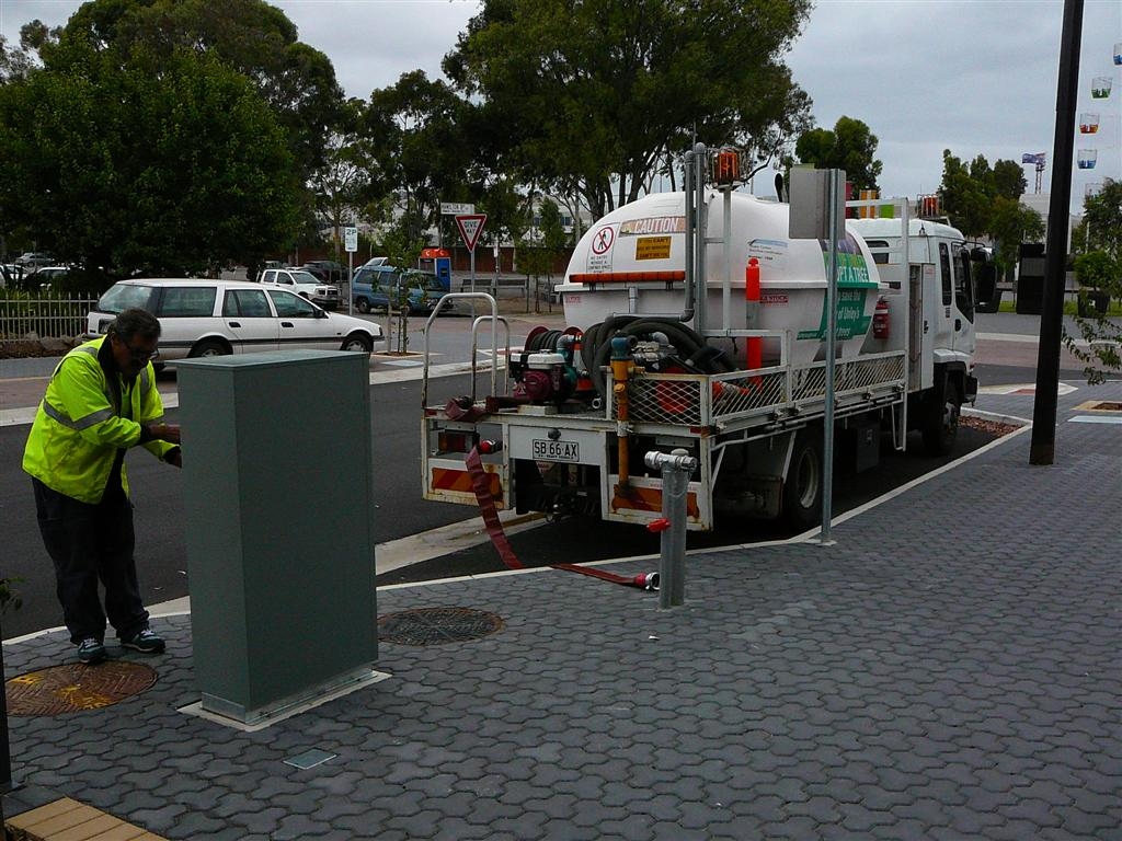 Water from Hamilton Boulevard-Unley leading the way